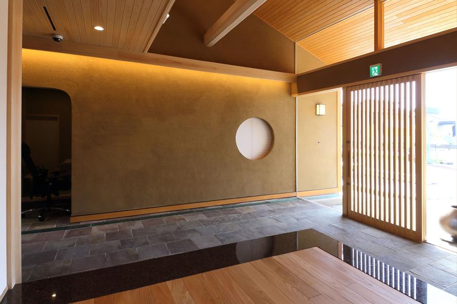 愛知県岡崎市の住宅展示場・モデルハウスの入口