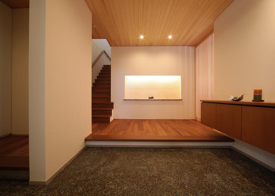 愛知県長久手市の住宅展示場・モデルハウスの玄関
