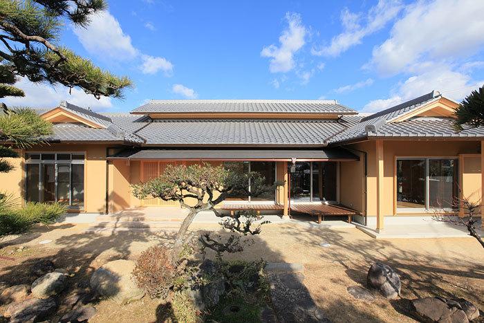 伝統的な和風建築の外観 愛知県春日井市の平屋 施行事例
